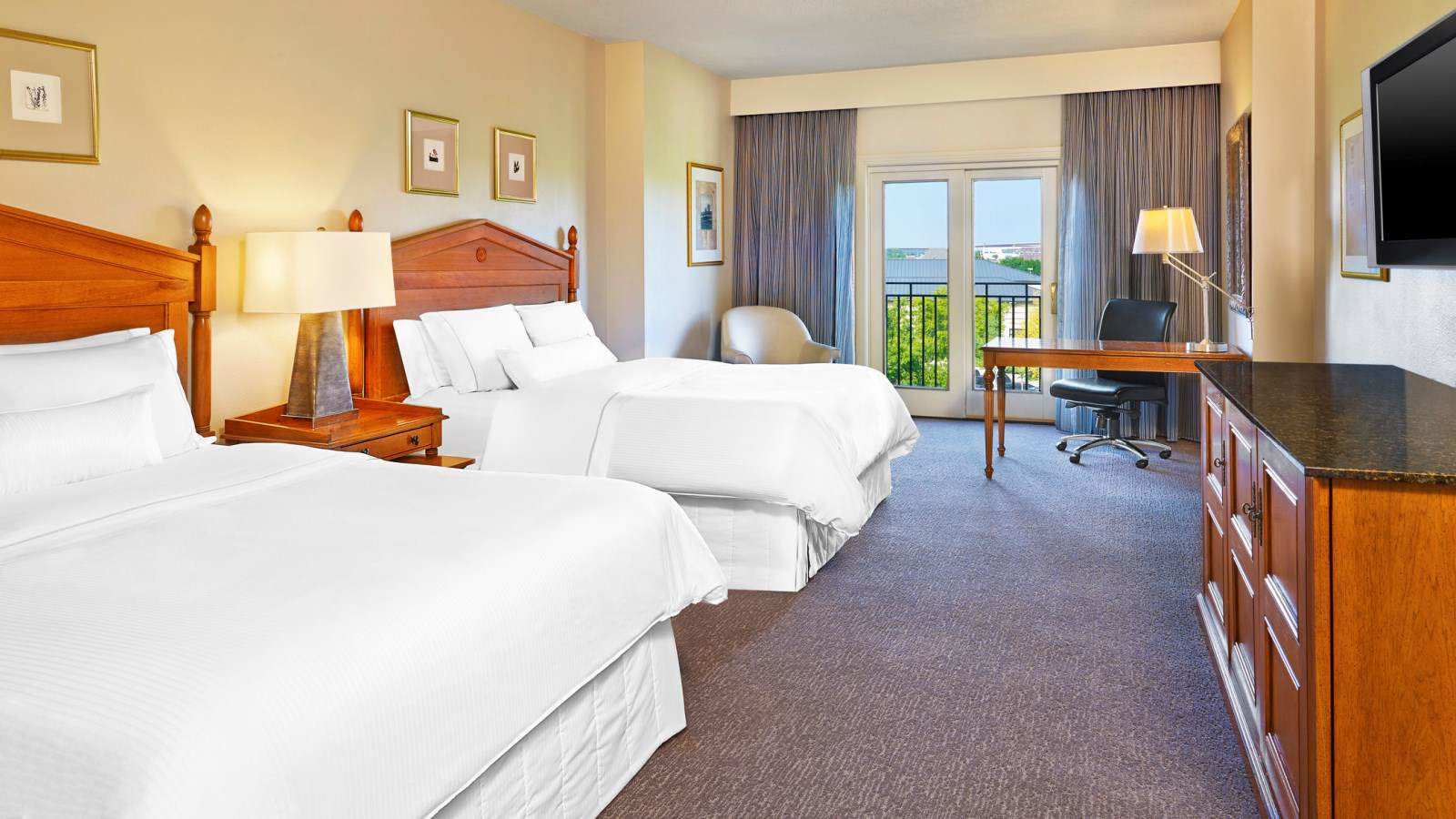 Frisco Accommodation - Traditional Guest Room - The Westin Stonebriar Hotel and Golf Club