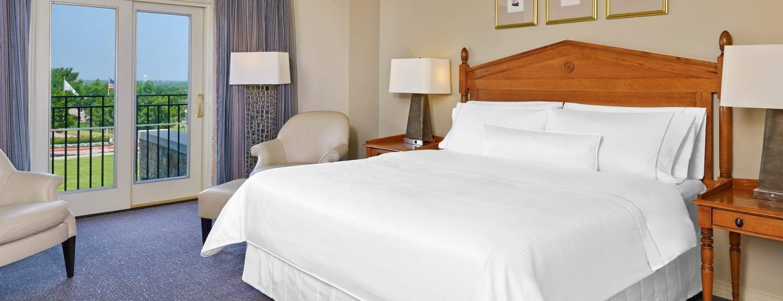 Frisco Accommodation - Deluxe Room - The Westin Stonebriar Hotel and Golf Club